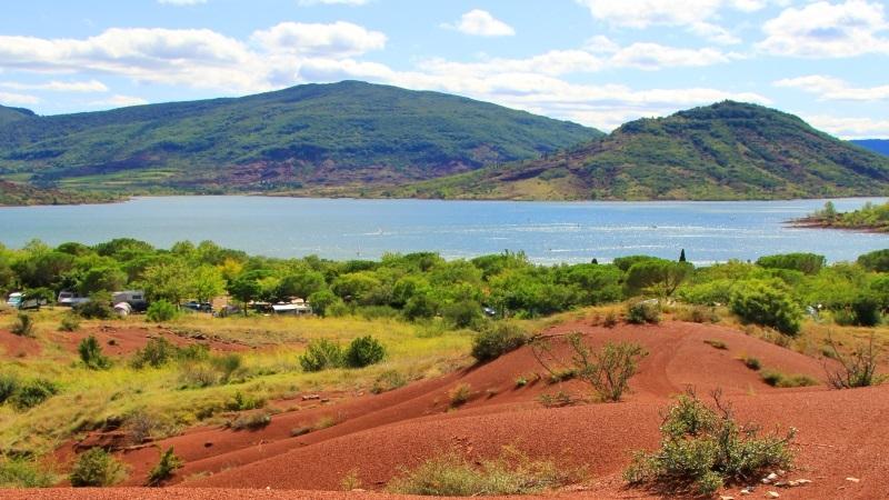 Lac du Salagou : le coin parfait pour le camping