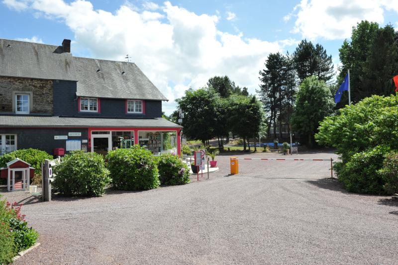 Camping dans le Calvados : assurer son hébergement